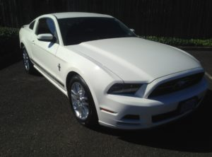 2013 Ford Mustang V6 Coupe 2D