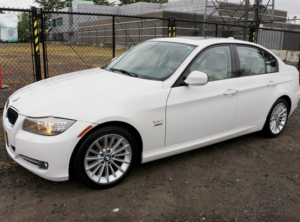 2010 BMW 3 Series 335i xDrive Sedan 4D