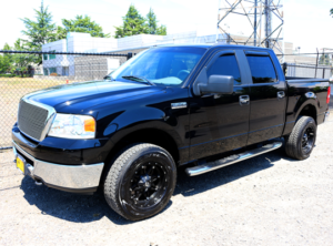 2007 Ford F150 SuperCrew Cab XLT Pickup 4D